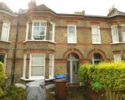 3 bed Flat in Dunstans Road...