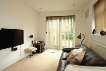 2 bed property in Crystal Palace Road...