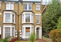 1 bedroom Flat in Linden Grove...