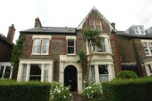 2 bed Flat to rent in Colyton Road...