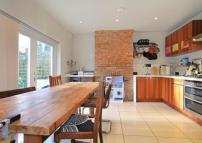 3 bed Terraced house for sale in Ryedale, East Dulwich...