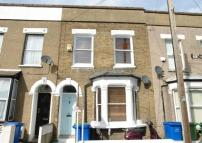 3 bed Terraced property in Amott Road, Peckahm Rye...