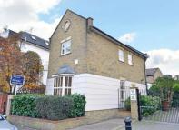 2 bedroom Detached property for sale in Austins Court...