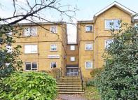 Flat for sale in Woodlands Court...