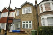 Flat to rent in Ivydale Road, Nunhead...