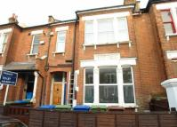 Gowlett Road Flat to rent