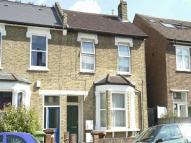 2 bed Flat to rent in Crystal Palace Road...