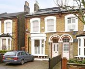 5 bedroom semi detached house in Friern Road...