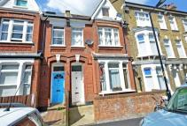 1 bedroom Flat in Glengarry Road...