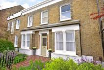 3 bed property for sale in Crawthew Grove...