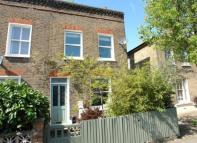 property for sale in Hindmans Road...