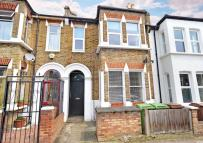 1 bed Flat in Goodrich Road...