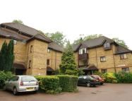 Flat to rent in Linwood Close...
