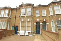 2 bed Flat in Friern Road...