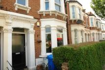 2 bed Flat in Ivydale Road, Nunhead...