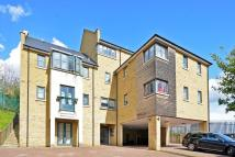 2 bed Penthouse in Rye Hill Park...