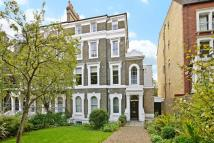 2 bed Flat for sale in Grove Park, Camberwell...