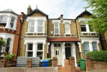 3 bed Terraced property to rent in Homeleigh Road, Nunhead...