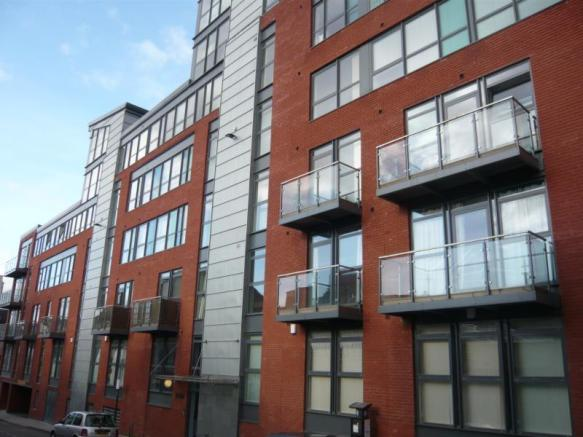1 bedroom flat to rent in mandale house bailey street. Black Bedroom Furniture Sets. Home Design Ideas