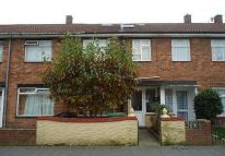 5 bedroom house to rent in Radnor Street, Southsea...