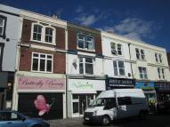 Flat to rent in Albert Rd, Southsea...