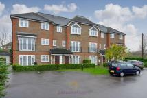 2 bedroom Apartment to rent in Ruxley Lane, Ewell