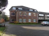 2 bed Flat to rent in Ashdown Court, Epsom...