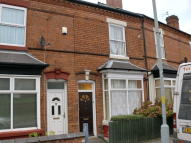 Terraced house to rent in Northcote Road...