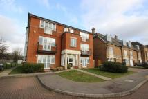 Apartment to rent in Goodhall Close...