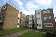 2 bed Flat to rent in Woodcroft, Stanmore, HA7