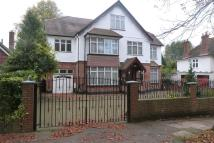 6 bedroom Detached home in The Avenue, Hatch End...