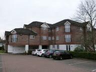 Apartment to rent in Longcrofte Road, Edgware
