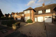 4 bedroom house to rent in Lake View, Edgware