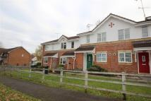 2 bed property in Foxleys, Carpenders Park