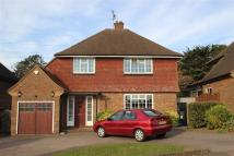 3 bed property to rent in The Comyns, Bushey