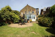 6 bedroom semi detached home to rent in Kingsfield Road, Watford...