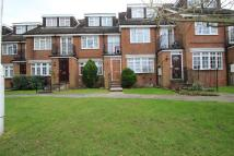 Flat to rent in Stanmore, HA7