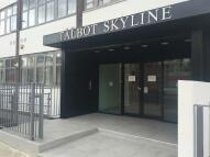 Studio flat to rent in Rayners Lane, HA2