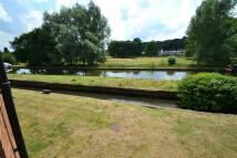 Flat in River Park, Boxmoor...