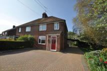 3 bedroom semi detached property to rent in Kingsford Street...