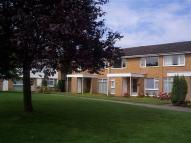 Maisonette to rent in NETHERCOTE GARDENS...