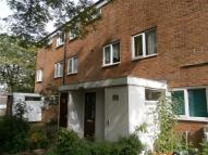 3 bed Maisonette in HUBERT CROFT...