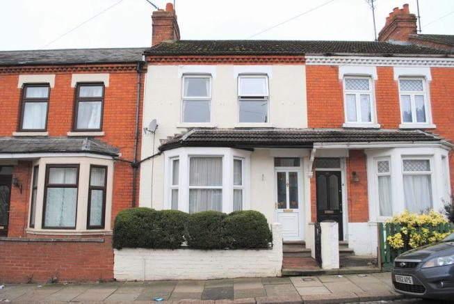 3 Bedroom Terraced House For Sale In Cecil Road Queens Park Northampton Nn2 6pg Nn2