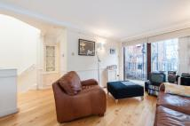 2 bedroom house to rent in Romney Mews, Marylebone...