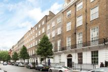 Flat to rent in Devonshire Place...
