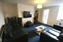 Maisonette to rent in Warwick Street, Heaton...