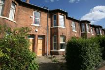 Apartment to rent in Chillingham Road, Heaton...
