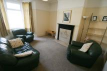 2 bed Flat to rent in Greystoke Avenue...