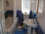 2 bedroom Apartment in Buckthorne Grove, Heaton...