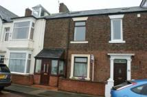 2 bedroom Terraced house for sale in Lawe Road, ...